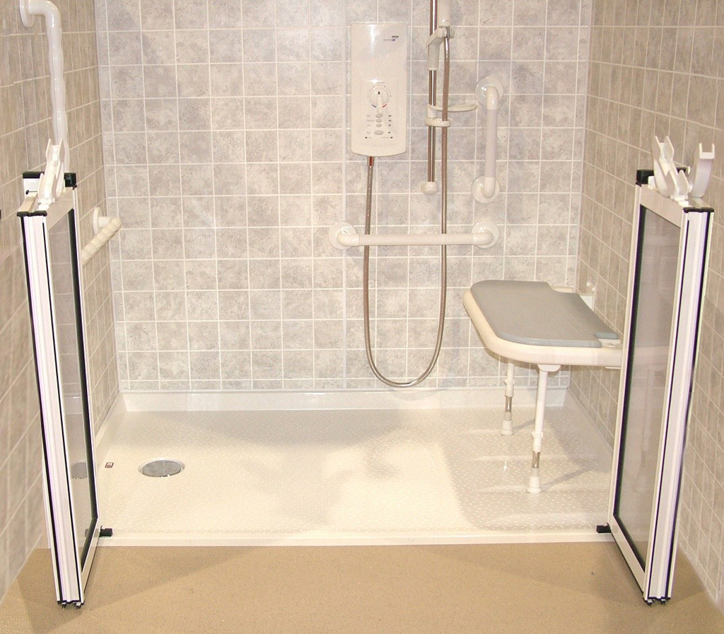 Custom Bathrooms Handicap Showers : EwdInteriors