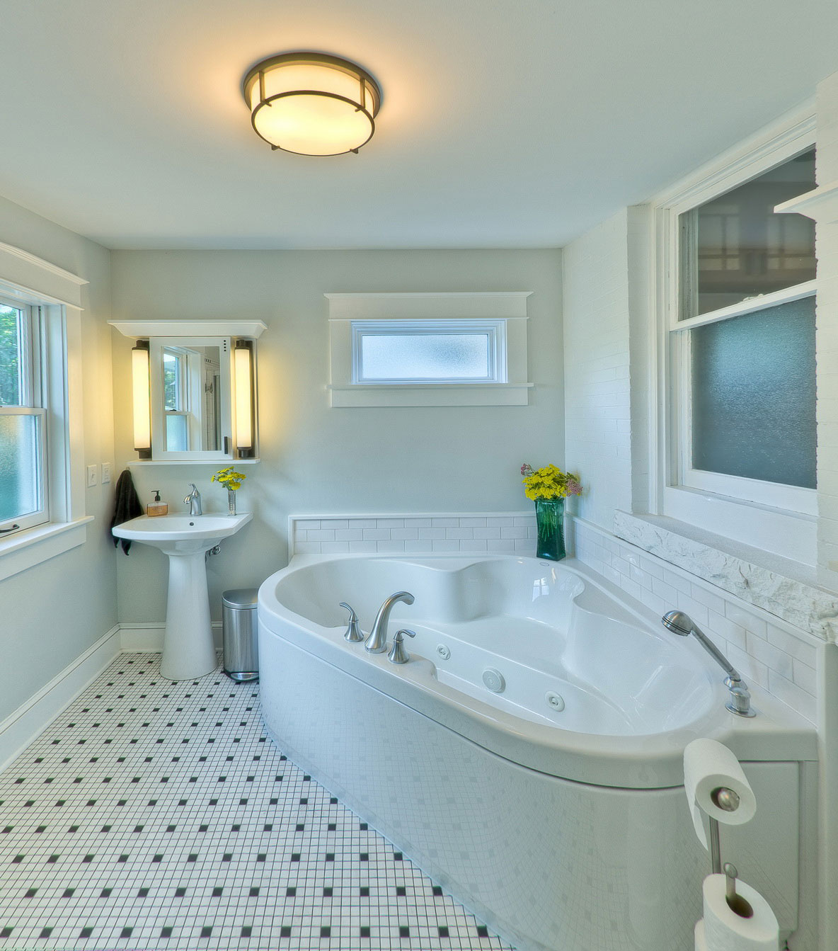 5 photos of the 5 excellent small bathroom design ideas on a budget