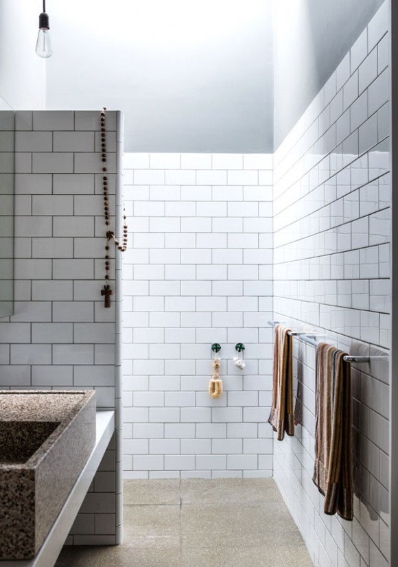 Photo Gallery Of The Modern Industrial Bathroom Japanese