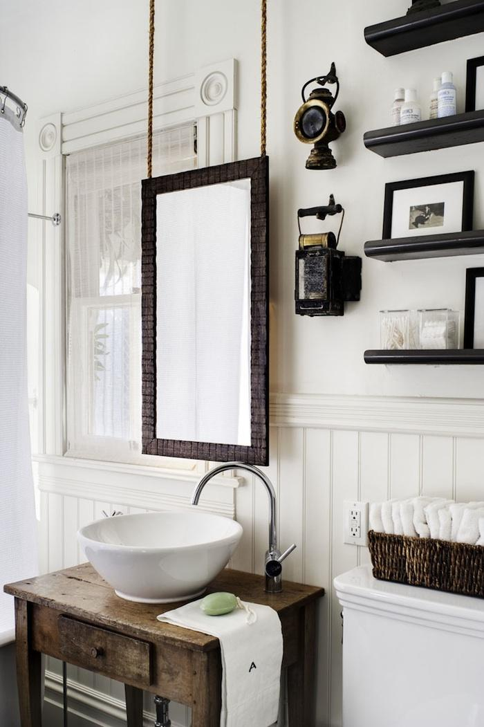 Photo Gallery Of The Vintage White Bathroom