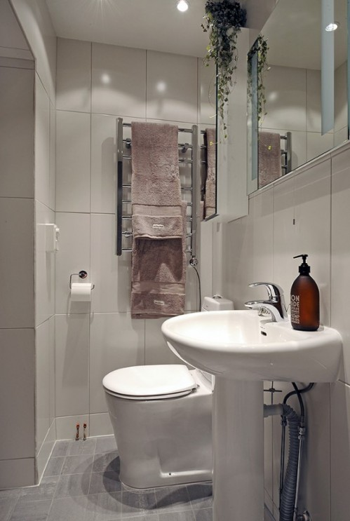 Small Bathroom Remodeling Design Makeovers small bathroom remodel ideas. bathroom ideas for small space
