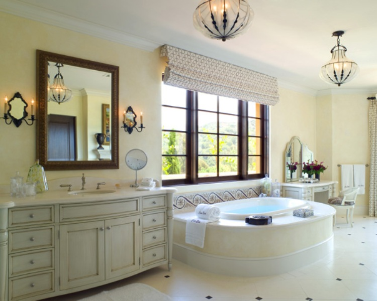 elegant white big bathroom - Big Bathroom Designs