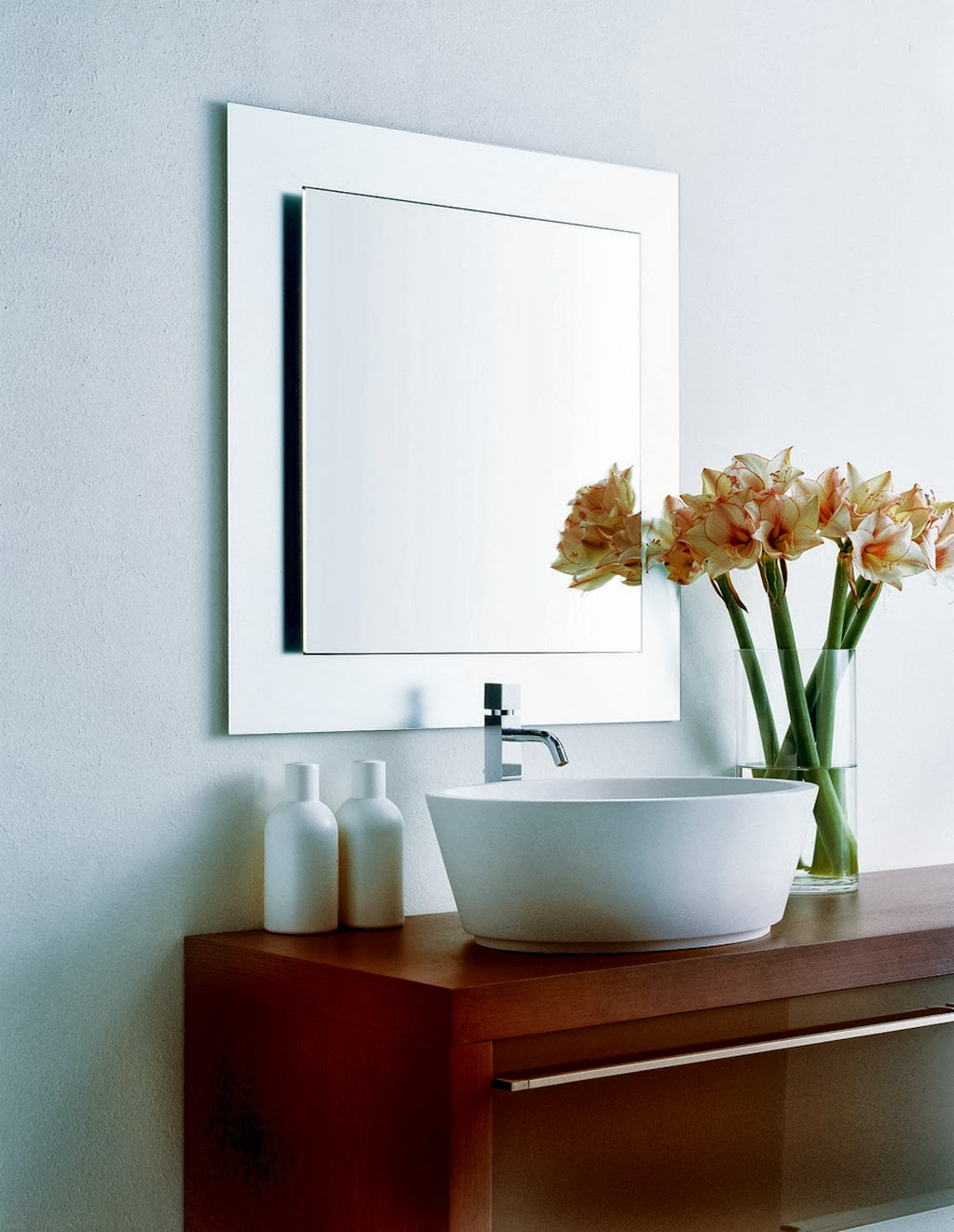 Groovy Bathroom Designs Ewdinteriors Largest Home Design Picture Inspirations Pitcheantrous