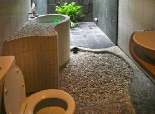 6 Pretty Natural Stone Bathroom Designs