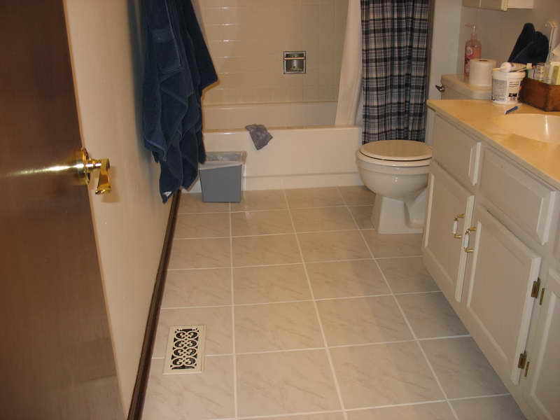 8 Cute bathroom floor tile designs ideas | EwdInteriors